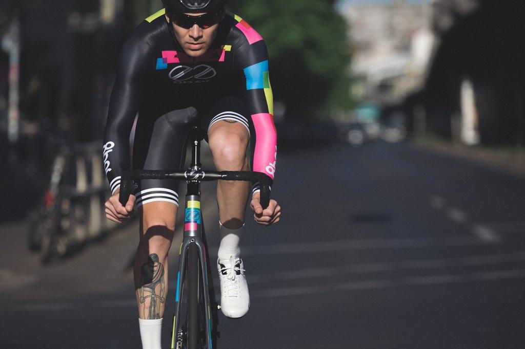 8bar-adidas-cycling-skinsuit-0102-Bearbeitet_s.jpg